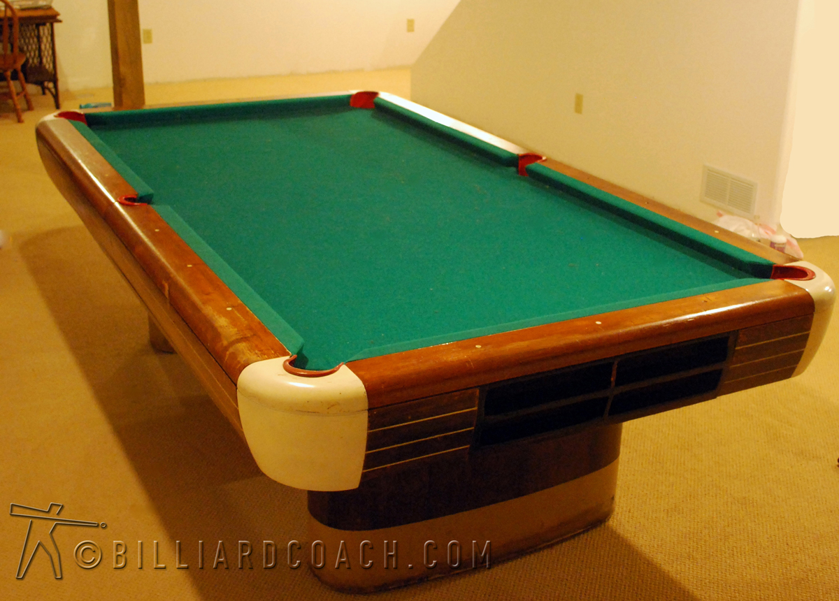 Brunswick billiard coach mike fieldhammer for Brunswick pool tables